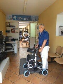 tonus_sanitaria_ortopedia_noale_venezia_laboratorio del piede_area ausili_negozio_rollator_deambulatore