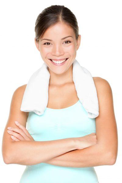 donna sorridente dopo magnetoterapia